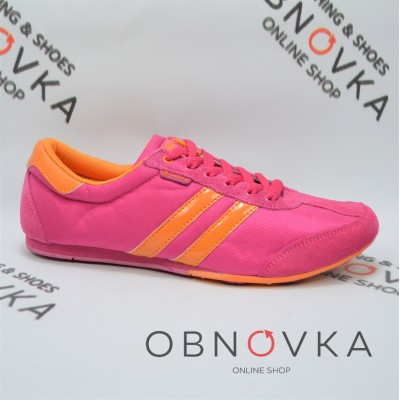 Недорогие женские кроссовки