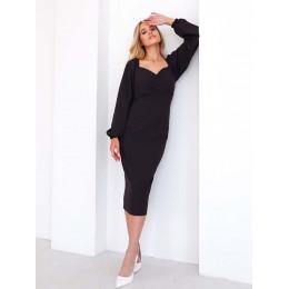 Модное платье-футляр с объемными рукавами
