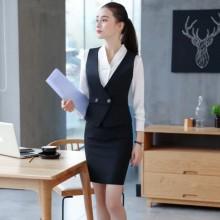 Офисные костюмы и пиджаки