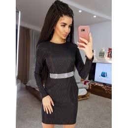 Блискуче облягає чорне плаття міні з пояском з каменів