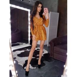 Блестящее  платье с отделкой пайетками на велюре