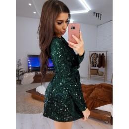 Блестящее зеленое  платье с отделкой пайетками на велюре