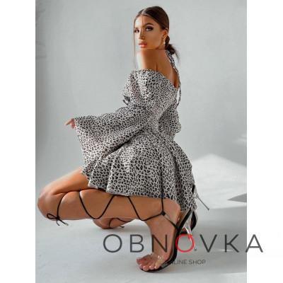 Комплект: платье с расклешенными рукавами + корсет