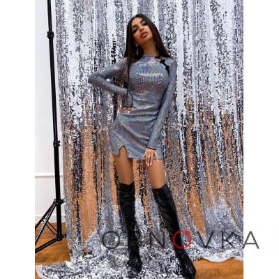Блестящее платье-мини по фигуре